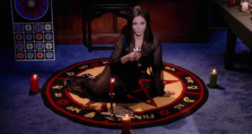 the-love-witch-2016-screenshot3