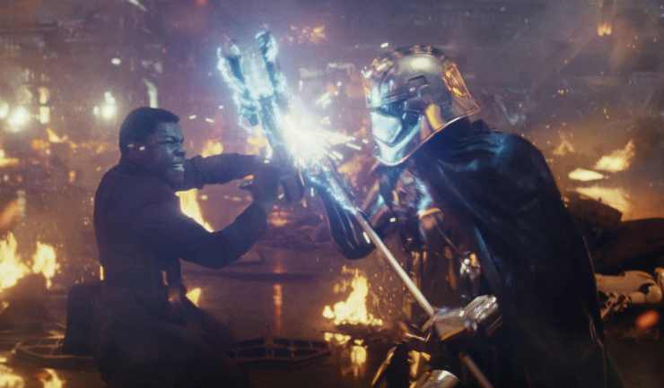 rs_2928x1716-171206114527-Star-Wars-The-Last-Jedi-Finn-vs-Captain-Phasma